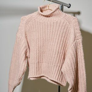 H&M SOFT CHUNKY TURTLENECK SWEATER